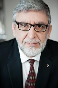 Me Jean H. Gagnon a plus de 40 années d'expérience à titre d'avocat de négociateur, de médiateur et d'arbitre