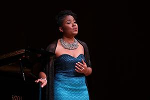 Ce plaisir de chanter l'opéra n'était pourtant pas naturel chez la jeune Suzanne