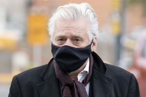 Sans surprise, Gilbert Rozon a rejeté en bloc les accusations portées contre lui. Photo : Radio-Canada.